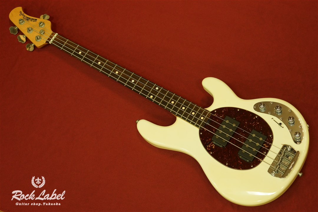 MUSIC MAN StingRay 4 HH